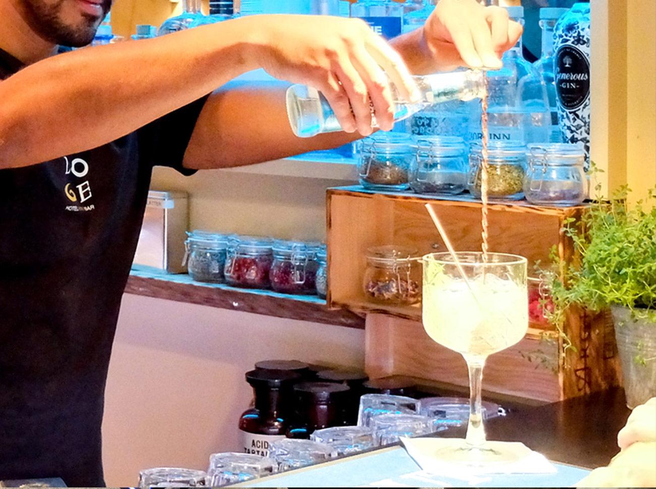 Loge Bar Gin
